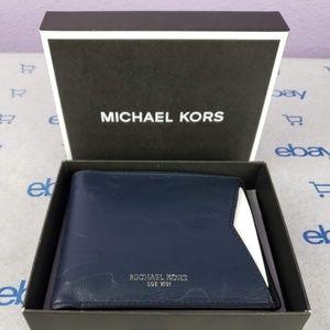 Michael Kors Camden Bi Fold Leather Wallet